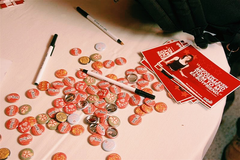 yelp elite buttons