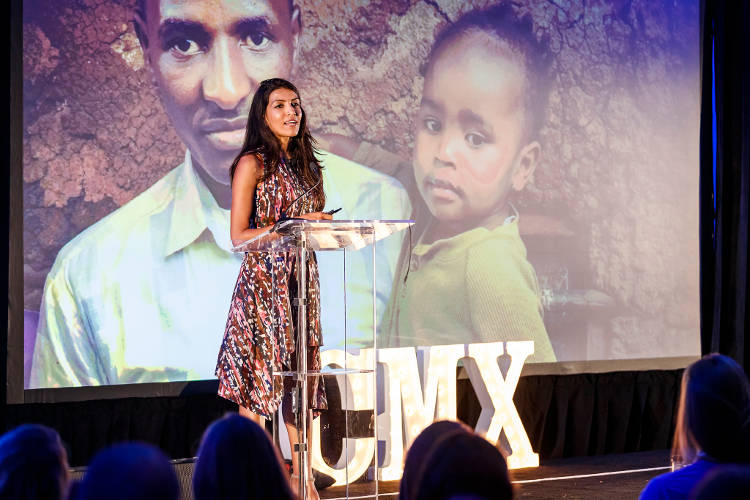 Lilah Janah speaks to giving work at CMX Summit 2017.