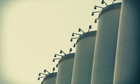How to Break Down Silos Between Community, Marketing, Customer Service, and PR